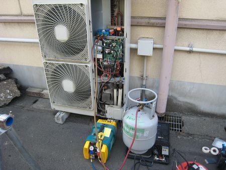 エアコン冷媒回収R410