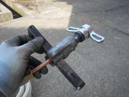 エアコン配管加工