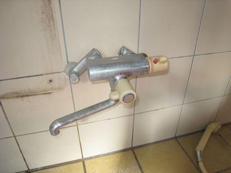 シャワー混合水栓
